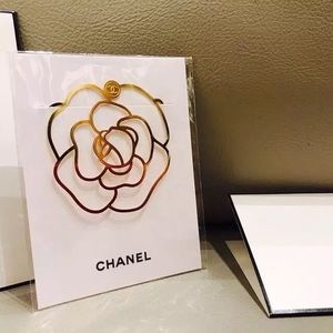 🔥Host Pick 🔥CHANEL CAMELLIA BOOK MARK